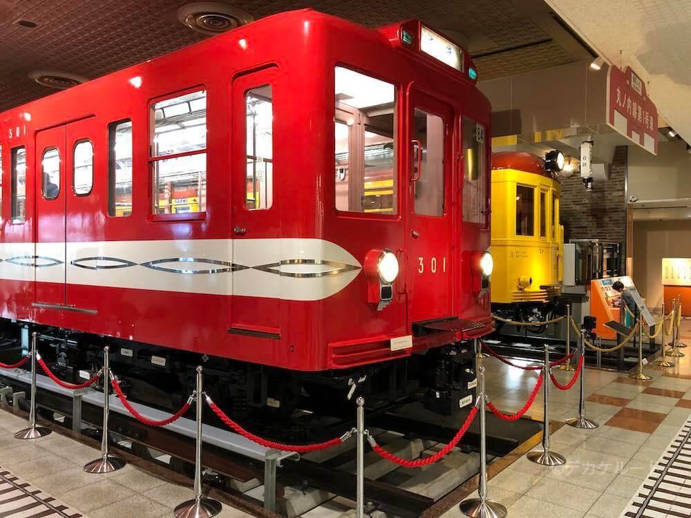 地下鉄博物館に展示されている地下鉄車両のイメージ